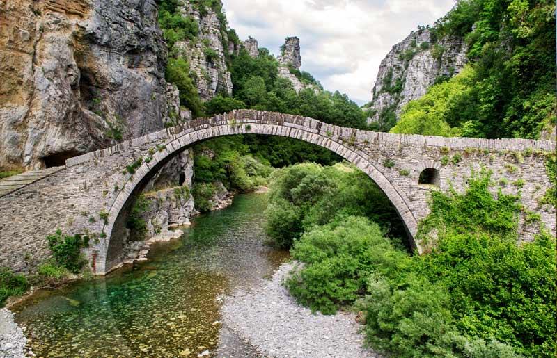 טיול משפחות ביוון - 7 ימים - מסע ג'יפים חוצה פינדוס מאתונה
