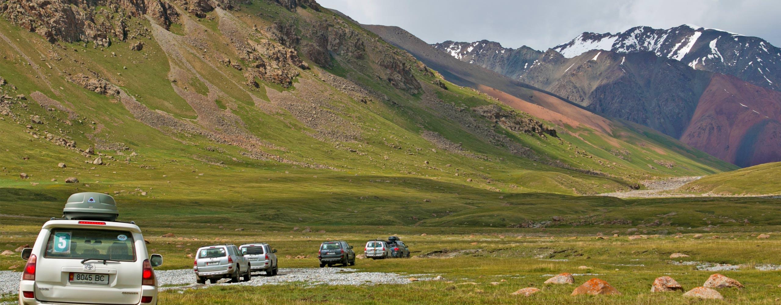 טיול ג'יפים לעומק הרי הטיאן שאן בקירגיזסטן